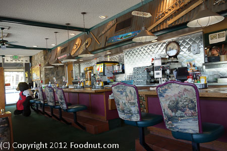 Black Bear Diner Shasta interior decor