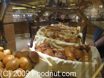 Buffet at Bellagio Las Vegas Bread