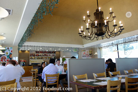 Chois Korean Restaurant Santa Clara interior decor