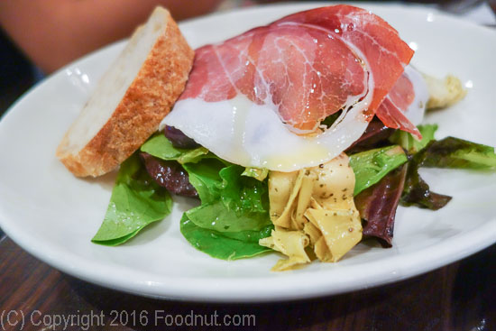 Don Antonio by Starita New York Rustica salad