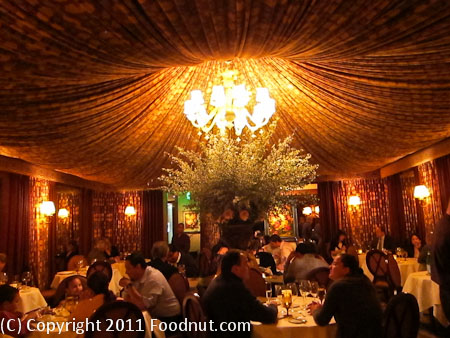 Fleur de lys San Francisco interior decor