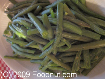La Fontaine de Mars Paris France Haricot vert Green Beans