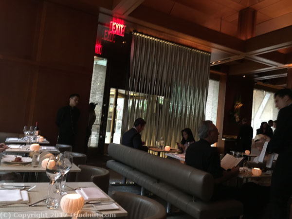 Le Bernardin New York Interior decor lounge