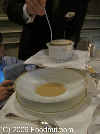 Le Cinq Paris France Creme de velaille Cream Chicken soup