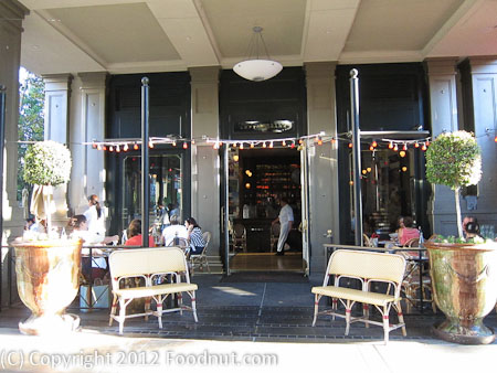 Left Bank Santana Row San Jose Exterior Decor