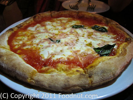 Napoletana pizzeria Mountain View Margherita pizza