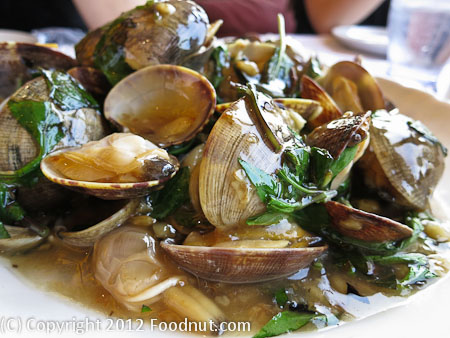 Newport Tan Cang San Gabriel clams hot sauce