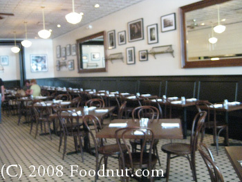 Pizza Antica Dining room