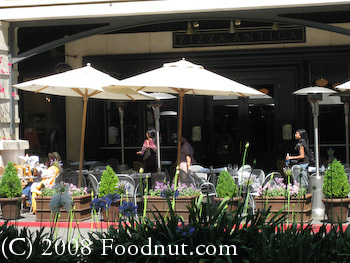 Pizza Antica Outdoor Patio