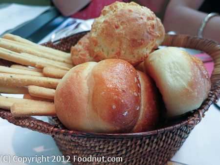 Press St Helena bread basket