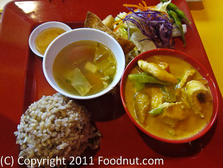 Thaiger Thai Kitchen San Mateo_pumpkin Curry meal