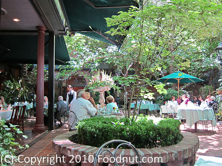 The Firehouse Sacramento Garden courtyard patio